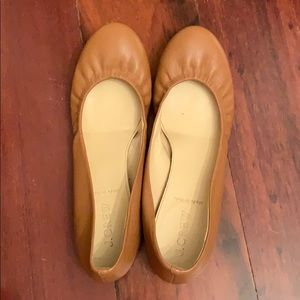 Jcrew's beloved Cece flats in beautiful caramel!